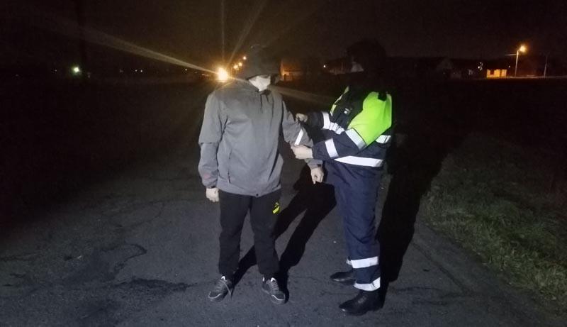 27.11.2020  Сотрудники ГАИ напоминают жлобинчанам о важности светоотражающих элементов