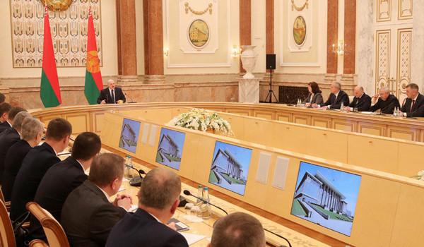 Президент Беларуси назначил новый состав правительства.